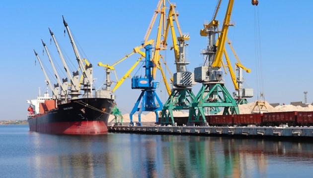 В порту Ольвія перевалили понад 3 млн тонн вантажів з початку 2021 року