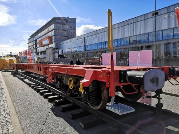 DB Cargo представив модульний вантажний вагон на виставці TRAKO 2021