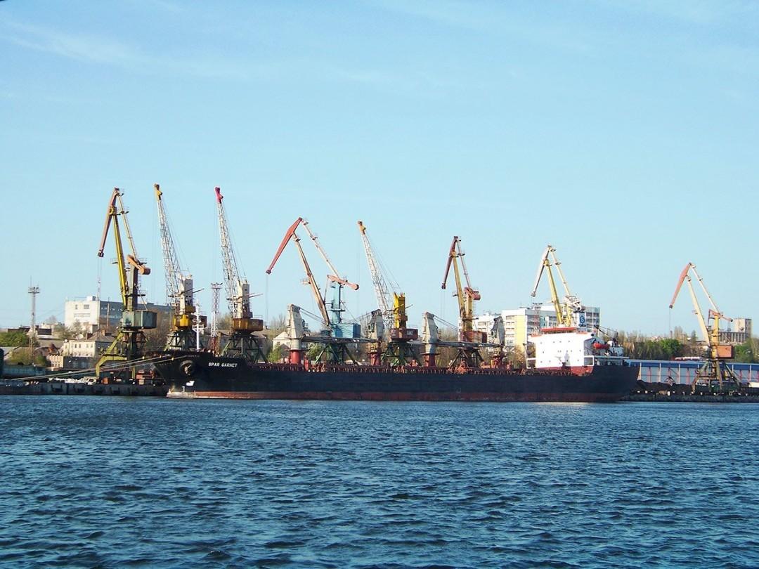 Членам экипажей иностранных судов запретили сходить на берег в украинских портах